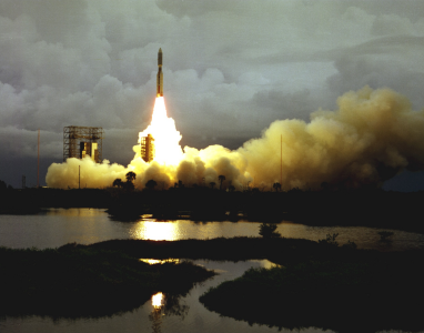 Viking 2 launch to Mars, NASA photo<br />Source: https://www.nasa.gov/directorates/heo/scan/images/history/September1975.html 1975_viking_2_launch.png