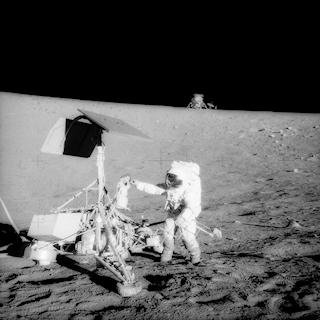 Apollo 12 Commander Pete Conrad examines Surveyor 3's TV camera prior to detaching itSource: Original NASA 6515x6515 image 19691120_Apollo_12_visits_Surveyor_3_as12-48-7134_0-320.jpg